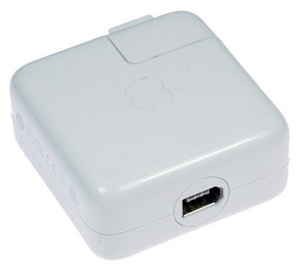 iPod Firewire AC Charger